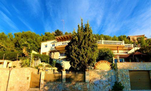 Ashram Villa Sunshine1